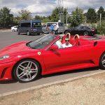 Egy Ferrariban